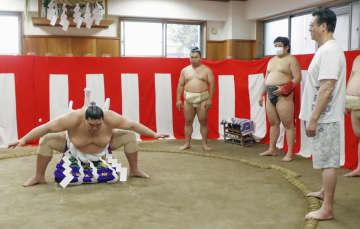 新横綱・照ノ富士の綱完成 「自覚持って」と責任感 画像1