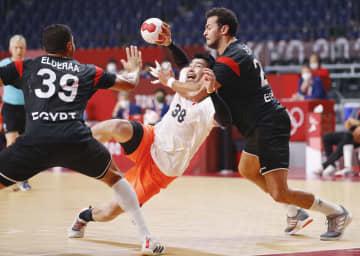 男子日本はエジプトに敗れ3連敗 ハンドボール・28日 画像1