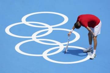 「死ぬかも」とメドベージェフ 暑さで、五輪テニスの試合中 画像1