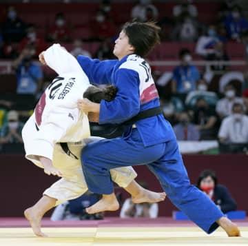 柔道の新井千鶴が金メダル 女子は今大会2個目、70キロ級 画像1