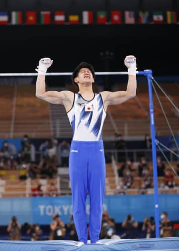 個人総合で橋本が金メダル 体操・28日 画像1