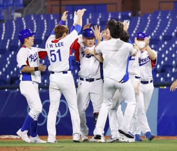 前回覇者の韓国、白星発進 野球・29日 画像1
