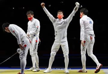 日本、ROC破り「金」 フェンシング・30日 画像1