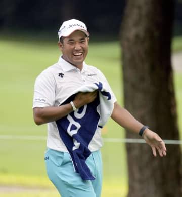 松山は暫定3位に浮上 ゴルフ・30日 画像1