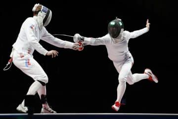 フェンシング男子が金メダル エペ団体、日本勢で初 画像1