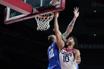 王者米国が8強入り バスケットボール・31日 画像1