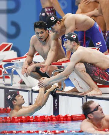 男子は日本新で6位、女子8位 競泳・1日 画像1