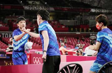 男子団体、日本が8強入り 卓球・2日 画像1