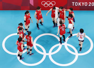 日本女子、8強逃す バレーボール・2日 画像1