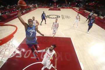 米国、スペイン下し4強入り バスケットボール・3日 画像1