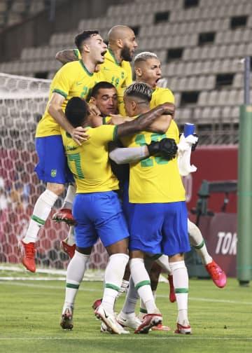 ブラジル、2連覇へあと一歩 準決勝PK戦でメキシコ破る 画像1