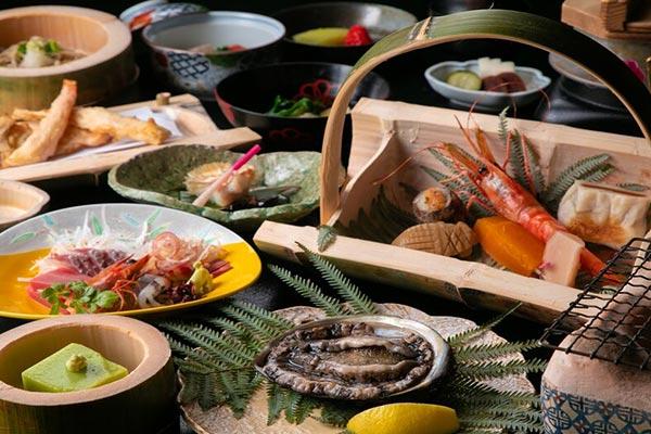 温泉宿への旅を決めたのなら!楽天トラベル「関東のお部屋食&露天風呂付き客室プランが人気の温泉宿」ランキング 画像7