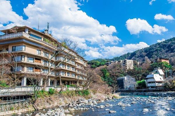 温泉宿への旅を決めたのなら!楽天トラベル「関東のお部屋食&露天風呂付き客室プランが人気の温泉宿」ランキング 画像9