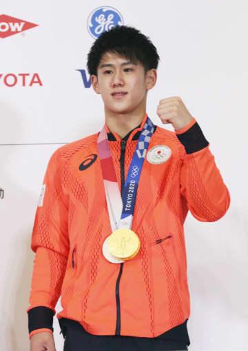 2冠の橋本「楽しんでできた」 体操男子、メダリスト会見 画像1