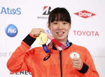 ボクシングの入江「幸せです」 日本女子初の金メダル 画像1