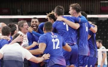 男子決勝はROC―フランス バレーボール・5日 画像1