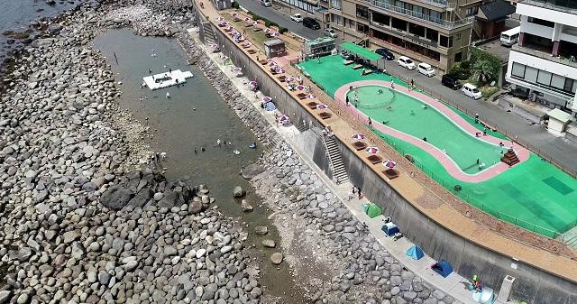 岩場の海水浴場だからスノーケリングも楽しめる!伊豆稲取「磯 SeaGarden IKEJIRI」 画像4
