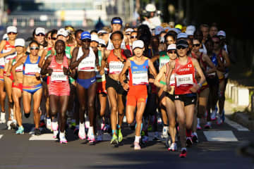 女子マラソン、棄権は15人 東京との気温差、ゴール時はなし 画像1