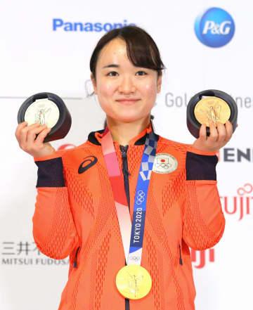 卓球の伊藤美誠「楽しく戦えた」 男女代表が喜びの会見 画像1