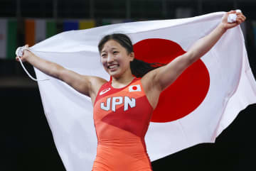 レスリング女子の須崎優衣が金 最多に並ぶ女子4個目 画像1
