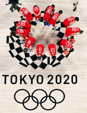 日本、米国に敗れ銀メダル バスケットボール・8日 画像1