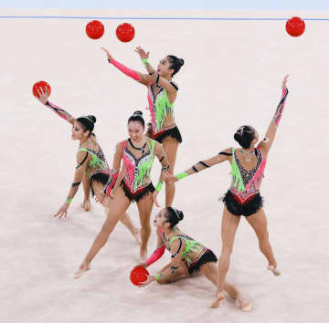 日本、団体総合で8位 新体操・8日 画像1