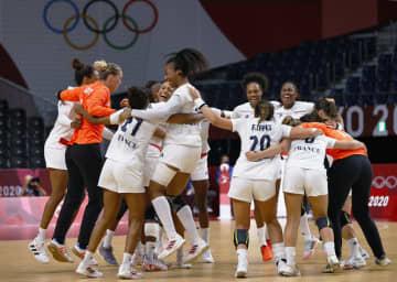 女子はフランスが初優勝 ハンドボール・8日 画像1