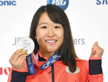 銀の梶原悠未「とても感慨深い」 自転車で日本女子初メダル 画像1