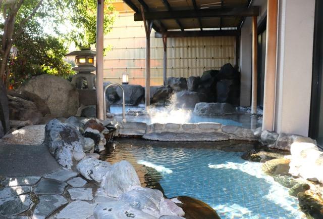 【山梨県】自然のパワーに癒やされたい!富士山の絶景、農場体験、温泉、桜や紅葉、ご当地グルメを満喫 画像1