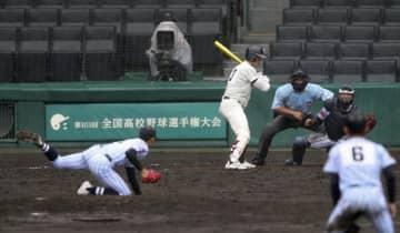 大阪桐蔭が2回戦へ 全国高校野球選手権の第5日 画像1