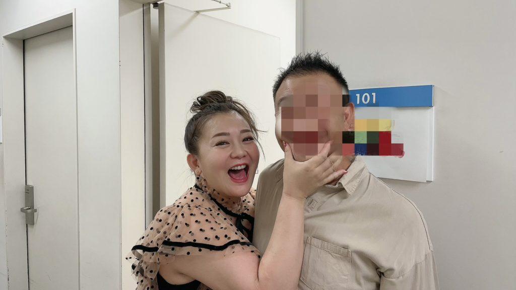華原朋美、誕生日に結婚を発表「毎日が幸せ」 「抱き合ったときにすごく肌と肌が合う」 画像1