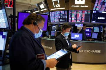 NY株反落、282ドル安 米景気回復の減速を懸念 画像1