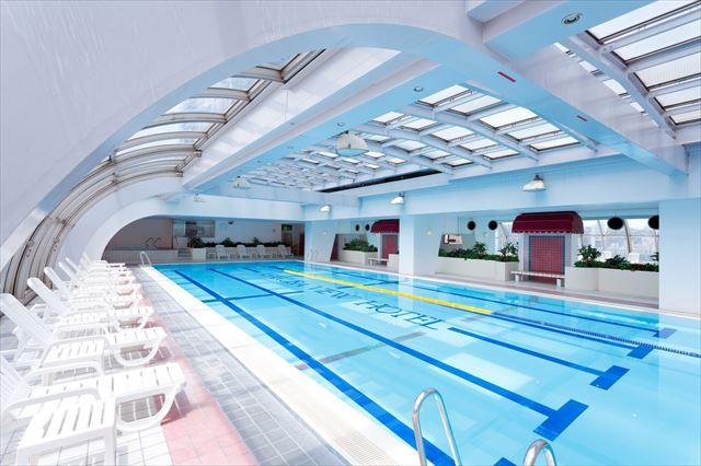 【楽天トラベル】都内で贅沢リゾート気分!東京の屋内プールがある高級ホテル16選 画像17