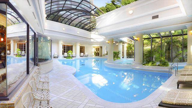 【楽天トラベル】都内で贅沢リゾート気分!東京の屋内プールがある高級ホテル16選 画像12
