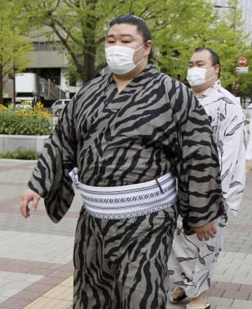 大関正代、故郷熊本思い奮起誓う 健康診断、竜電の姿も 画像1