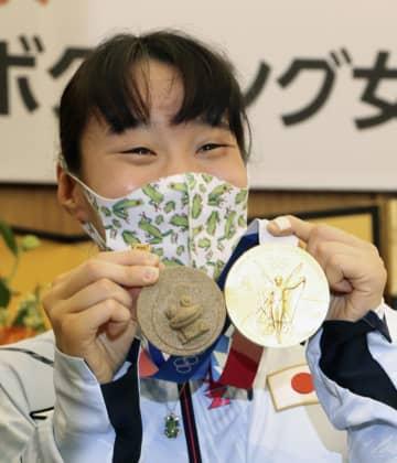 入江聖奈が凱旋、鳥取県は栄冠賞 砂のカエルメダルも 画像1