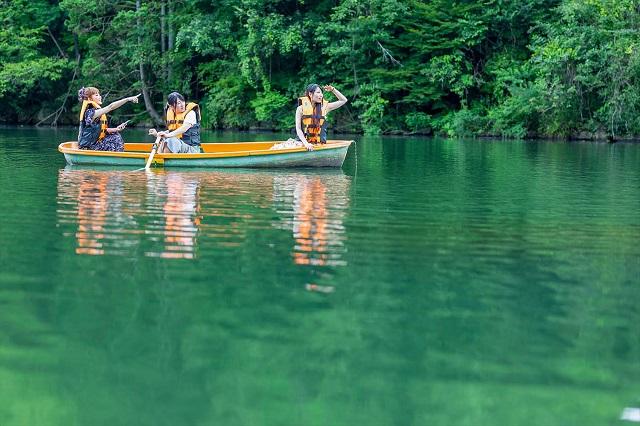 岐阜県初!星が降る湖畔の森に佇むドーム型グランピング施設「星が見の杜」 画像11