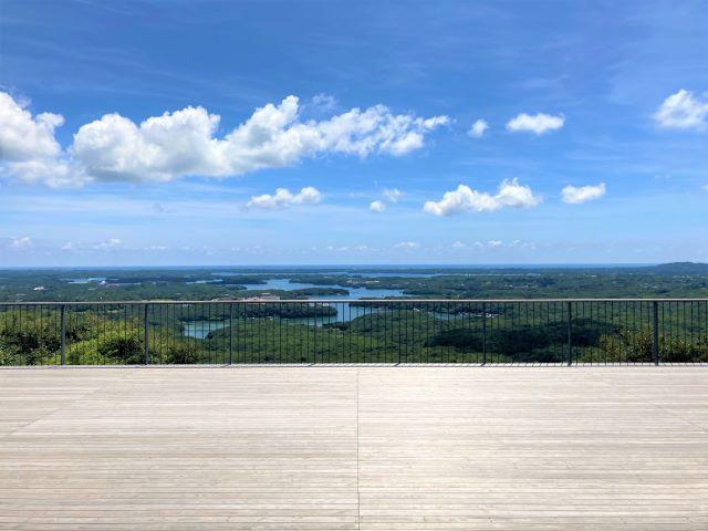 リアス海岸と豊かな緑の英虞湾を一望できる絶景スポット!天空のカフェテラスでご当地グルメも「横山展望台」【三重県志摩】 画像7