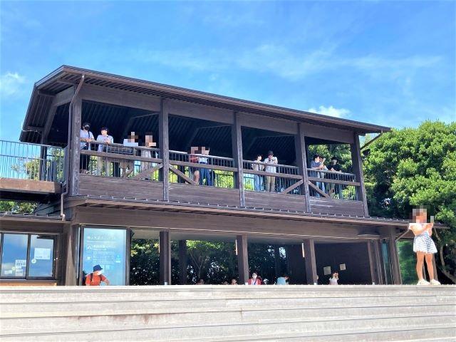 リアス海岸と豊かな緑の英虞湾を一望できる絶景スポット!天空のカフェテラスでご当地グルメも「横山展望台」【三重県志摩】 画像9