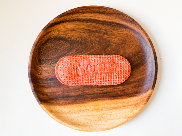 バターゴーフレット専門店「SOLES GAUFRETTE」から期間限定で登場!甘酸っぱいいちごの「バターゴーフレット スイートストロベリー」【実食ルポ】 画像5