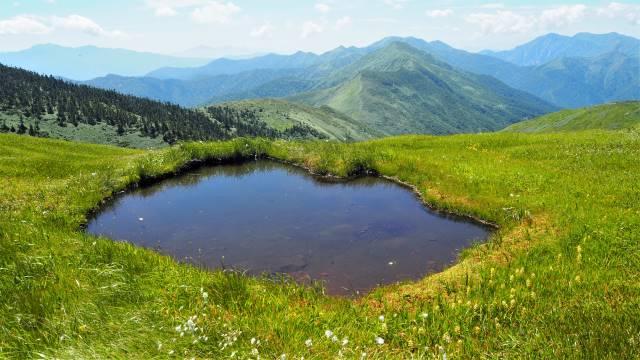 絶景と秘湯に出会う山旅(30)天空の楽園・巻機山、そして秘湯・松之山温泉凌雲閣へ 画像1