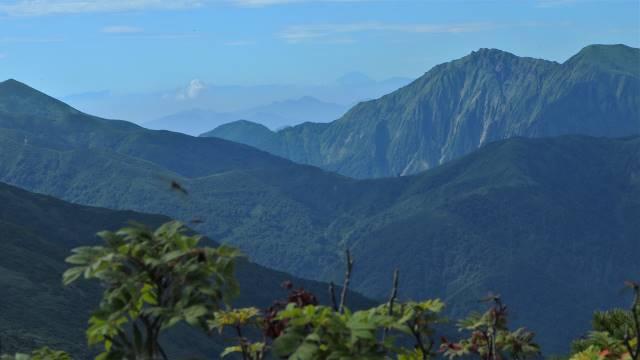 絶景と秘湯に出会う山旅(30)天空の楽園・巻機山、そして秘湯・松之山温泉凌雲閣へ 画像11