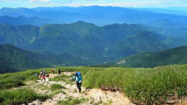 絶景と秘湯に出会う山旅(30)天空の楽園・巻機山、そして秘湯・松之山温泉凌雲閣へ 画像9