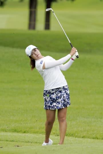稲見が65で首位発進 女子ゴルフ第1日 画像1