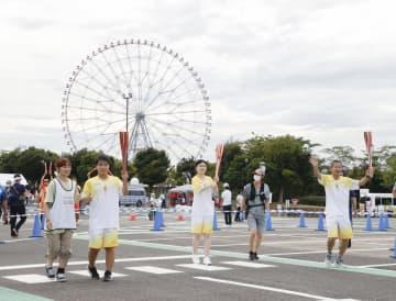 「トーチキス」で聖火つなぐ 東京にランナー予定者が集結 画像1