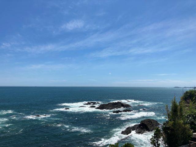 灯台の上からダイナミックな太平洋の絶景を一望!漁港ではとれたての魚介類を堪能「大王埼灯台」【三重県志摩市】 画像11