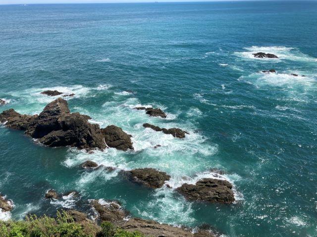灯台の上からダイナミックな太平洋の絶景を一望!漁港ではとれたての魚介類を堪能「大王埼灯台」【三重県志摩市】 画像12