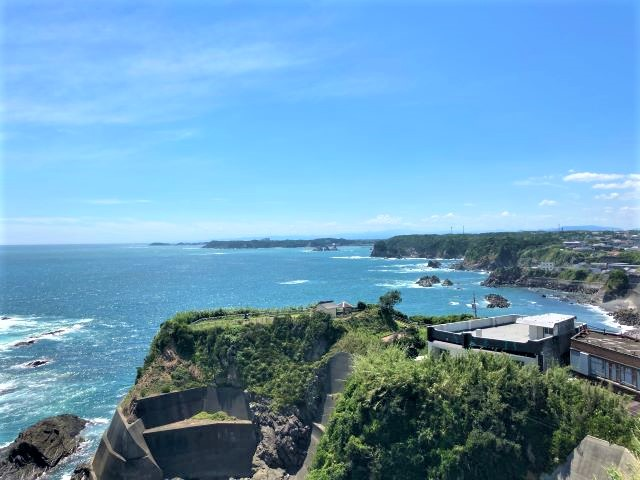 灯台の上からダイナミックな太平洋の絶景を一望!漁港ではとれたての魚介類を堪能「大王埼灯台」【三重県志摩市】 画像13
