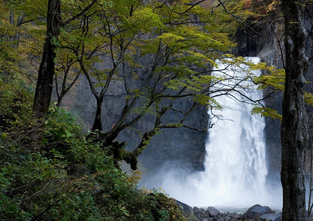 【涼を呼ぶ夏の絶景】甲信越地域の美しい滝5選 画像6