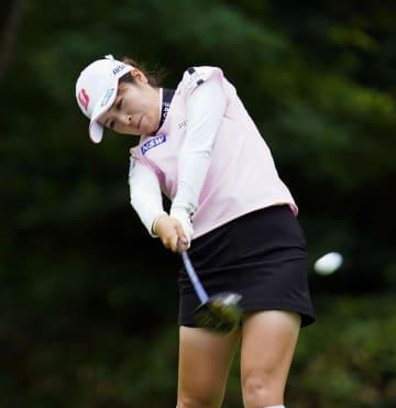 三ケ島が首位、稲見が6位 女子ゴルフ第1日 画像1